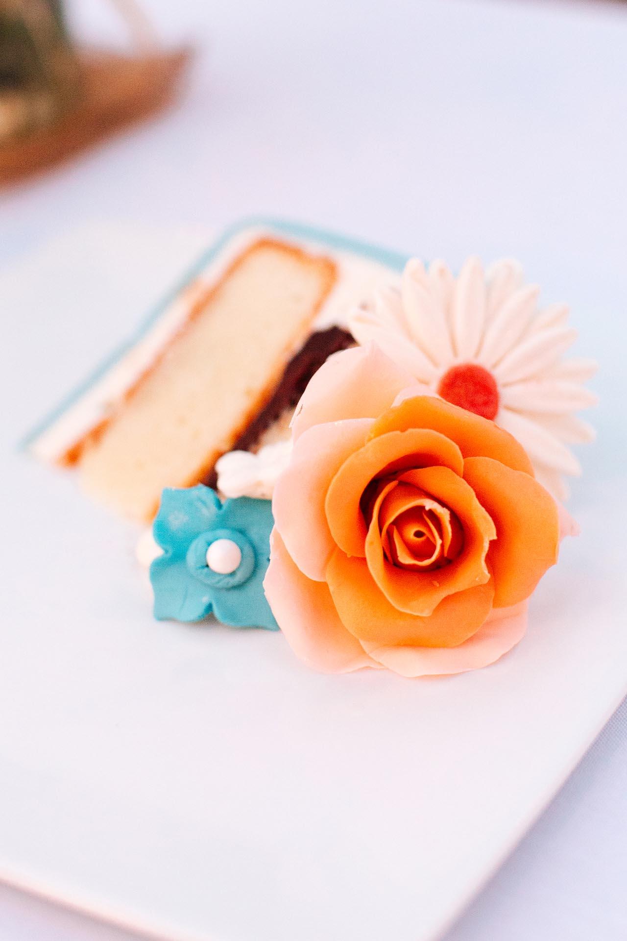 wedding-cake-bittersweet-cafe-louisville-colorado