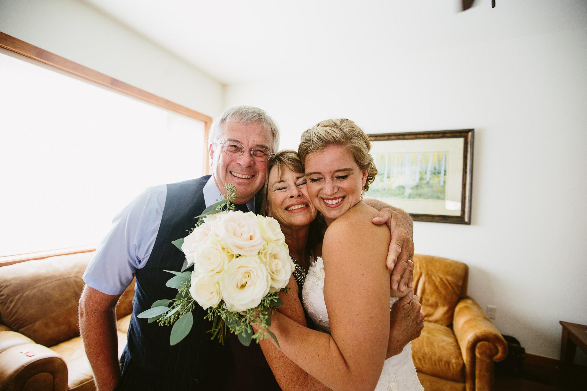 Estes-Park-Colorado-Wedding
